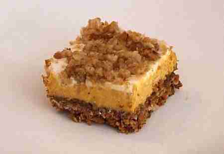 Pumpkin Cheesecake Crumble Squares - FoodVox.com | FoodVox.com