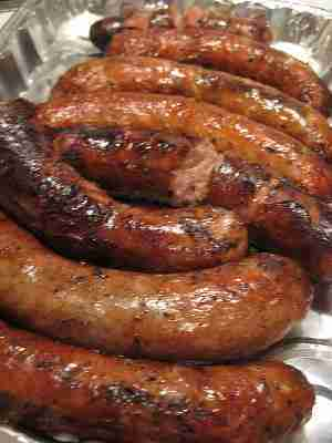 Slow Cooker Sausages in Beer