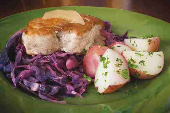 Chops With Braised Cabbage and Apples