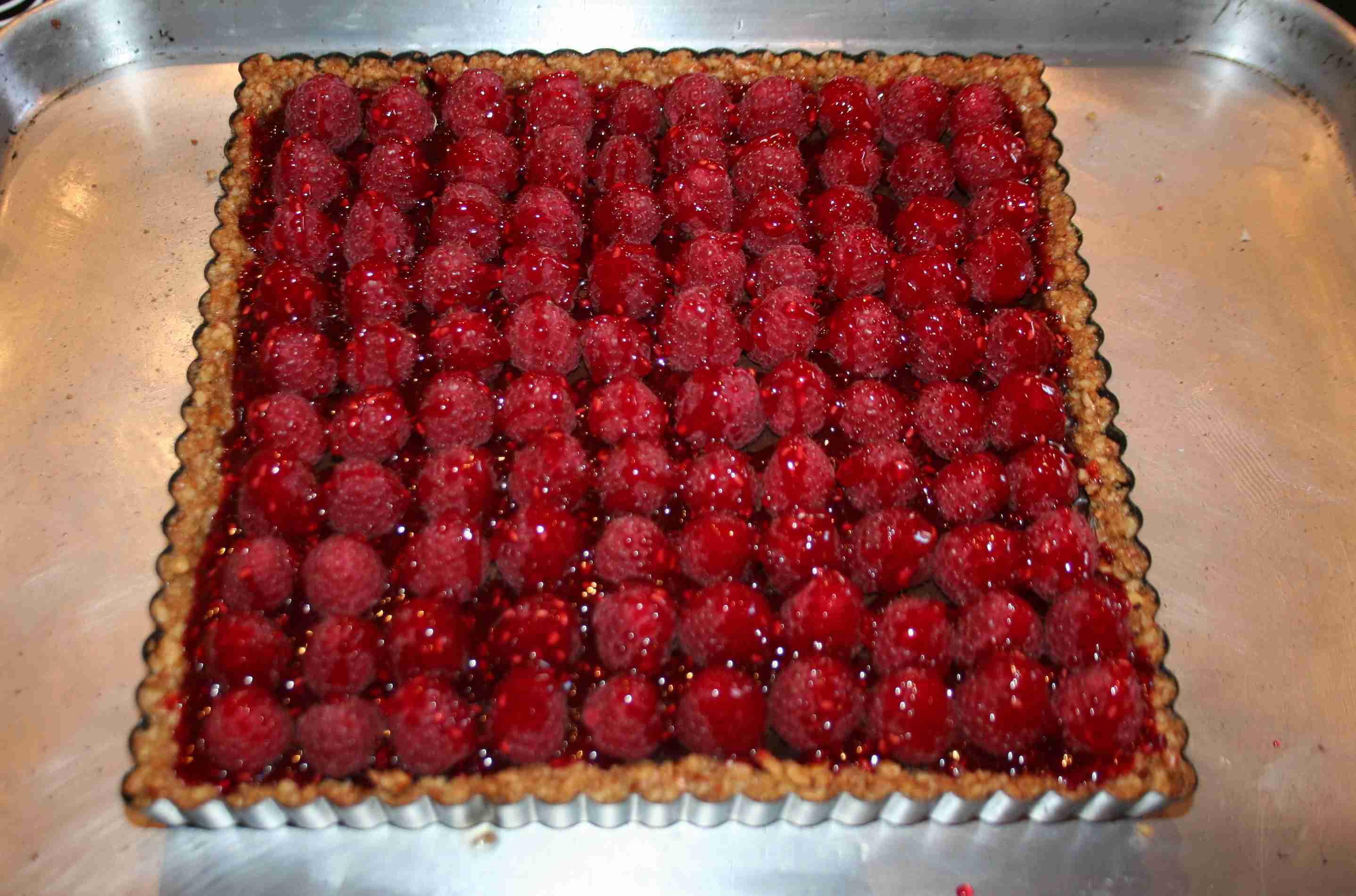 Valentine's Raspberry Velvet Tart