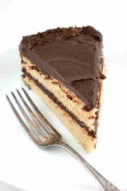VANILLA BEAN CINNAMON SPONGE BIRTHDAY CAKE
