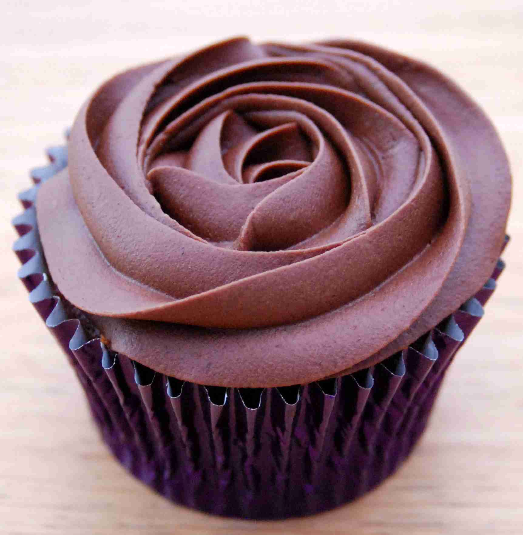 Chocolate Cupcakes with Rose Frosting