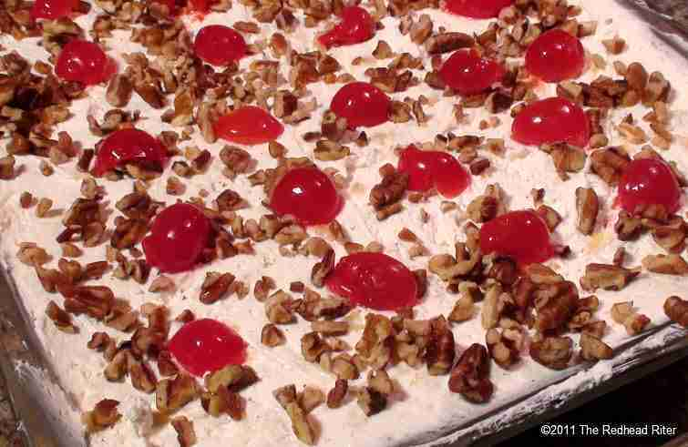Banana Split No Bake Cake Recipe