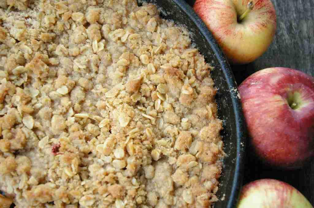 Cast Iron Skillet Apple Crisp