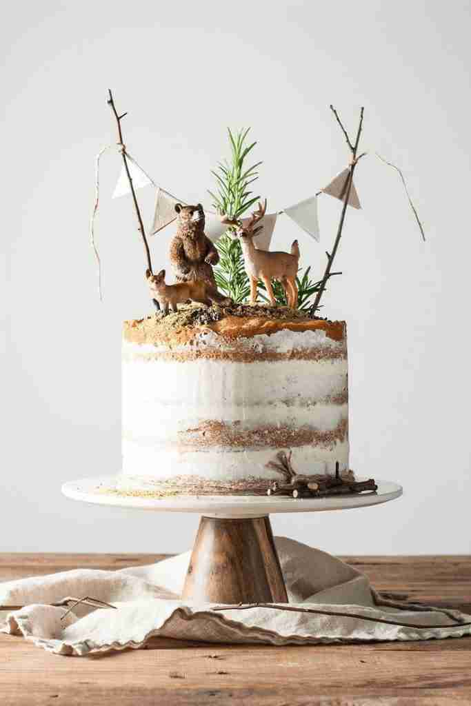 10 Tricks to a Naked Cake – She Holds Dearly
