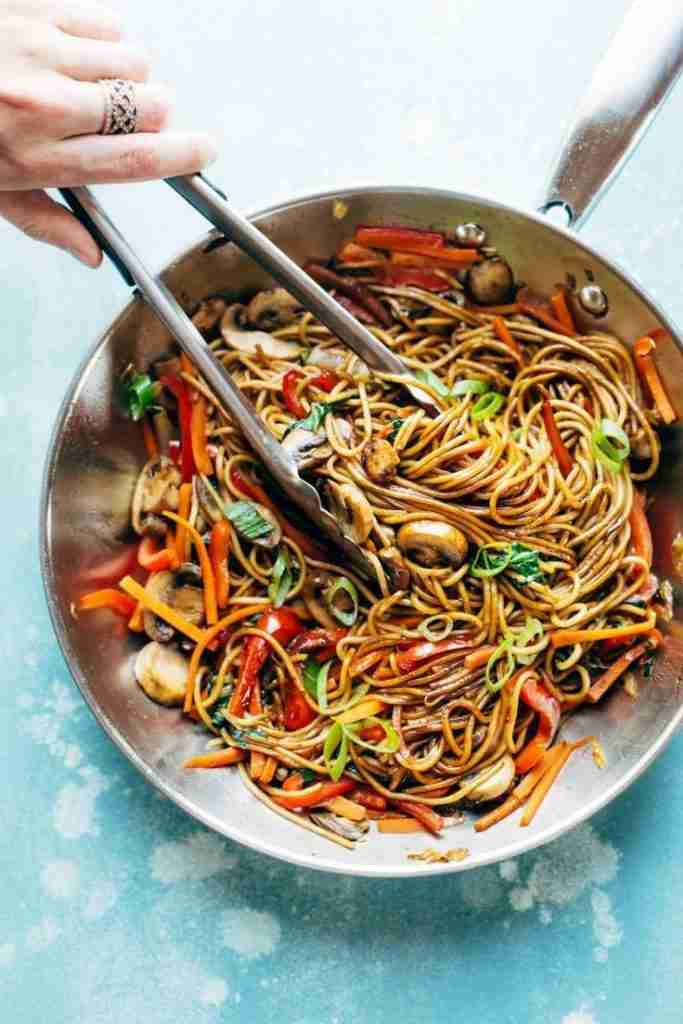 15 Minute Lo Mein – Pinch of Yum