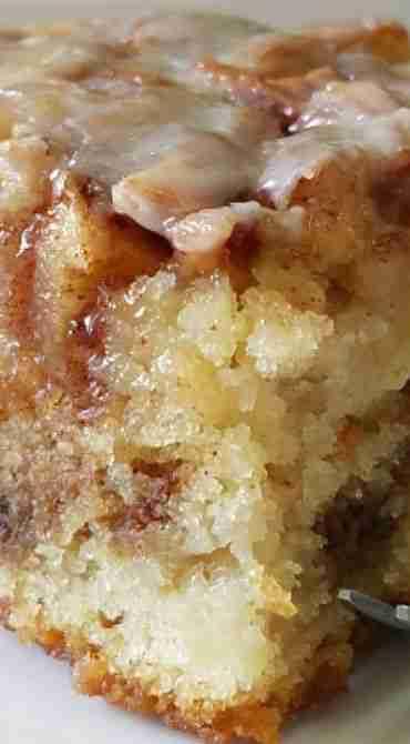 Apple Cinnamon Roll Cake  – Food!! – Rolls Recipes