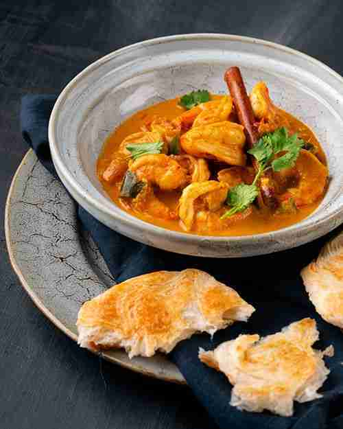 Creamy Sri Lankan Prawn Curry – Marion's Kitchen is packed with simple and delic…