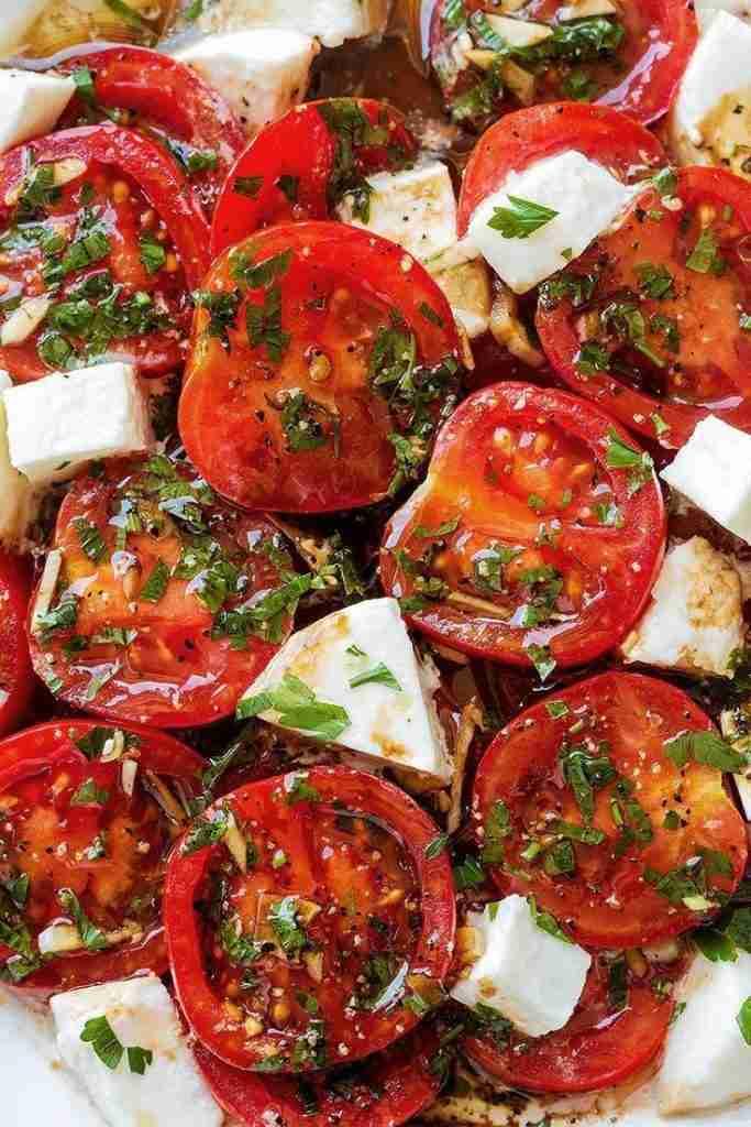 Perfect Marinated Tomatoes with Mozzarella