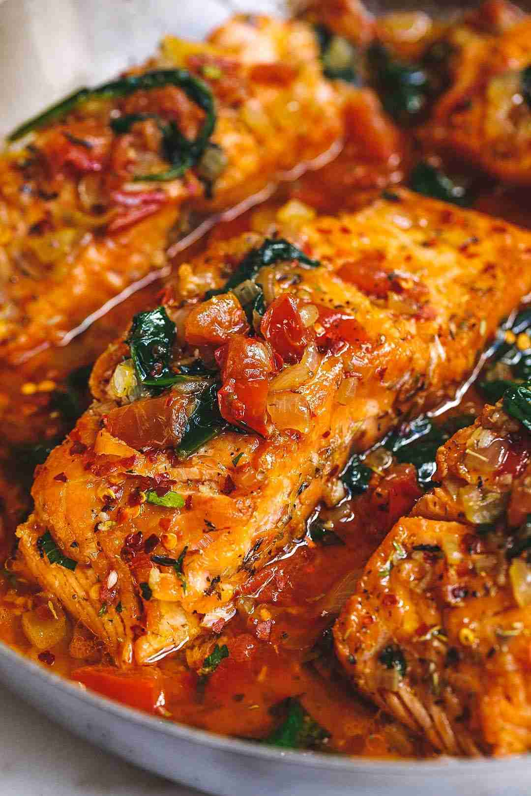 Tuscan Garlic Salmon Skillet with Spinach and Tomato