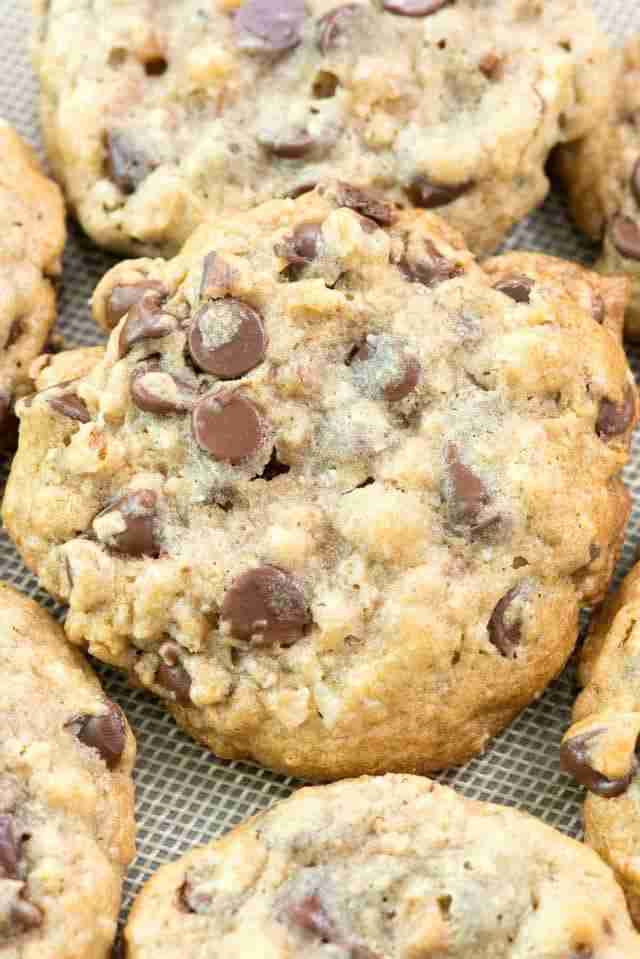 BETTER than Doubletree Chocolate Chip Cookies – Crazy for Crust
