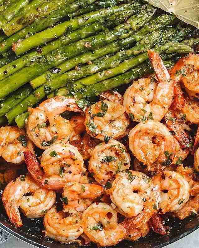Low Carb Recipes: 125 Quick Low Carb Dinners Ready in 30 Minutes or Less