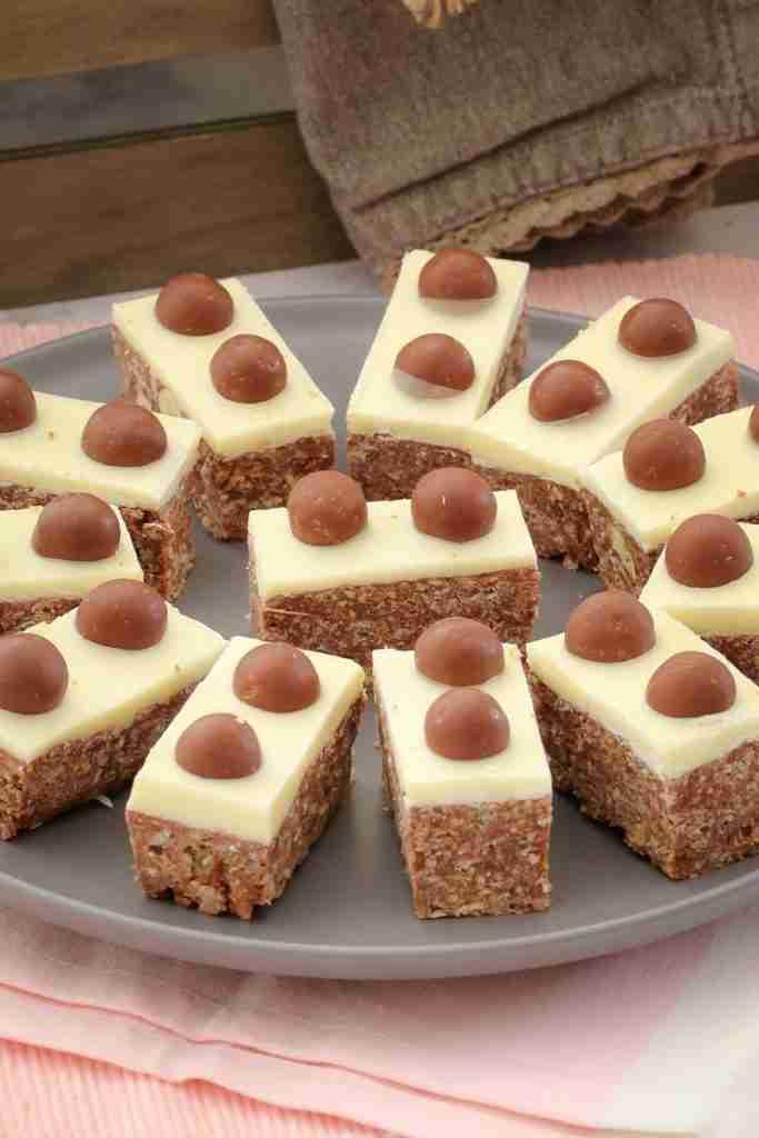 Malteser Slice | 10 Minute No-Bake Recipe