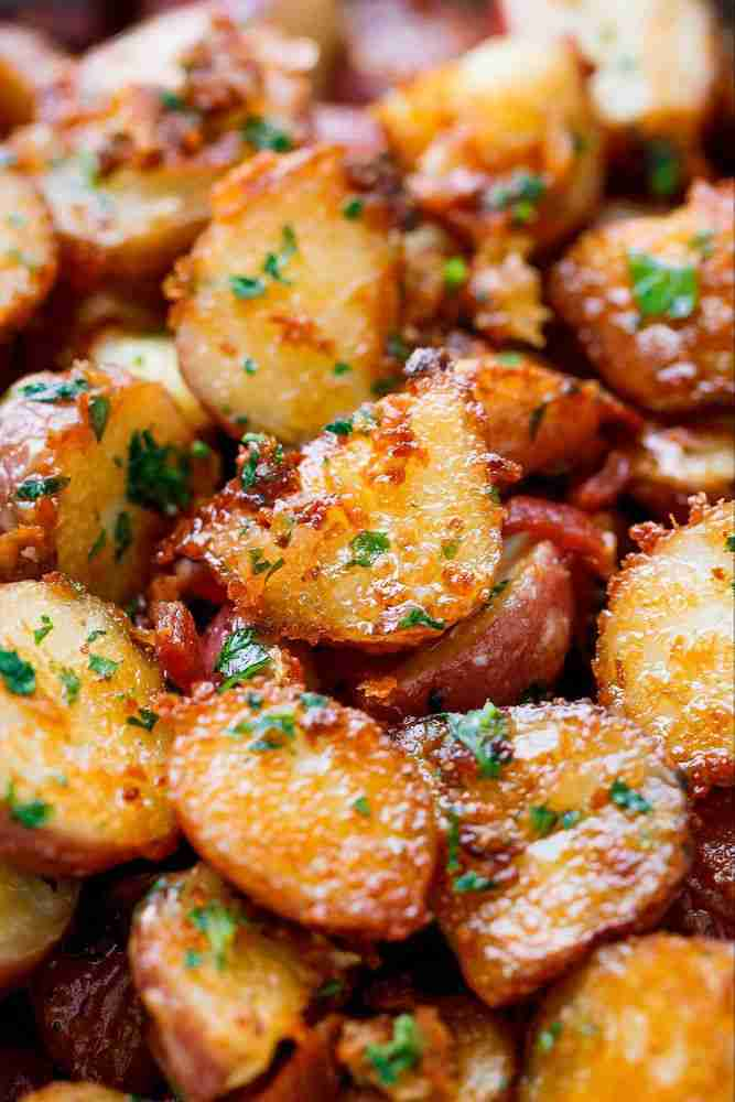 Roasted Garlic Potatoes with Butter Parmesan – Best Roasted Potatoes