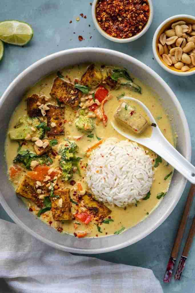Thai inspired Vegan Peanut Curry – Six Hungry Feet – Recipes