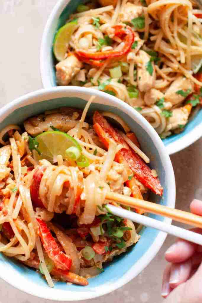 Easy Chicken Pad Thai Recipe