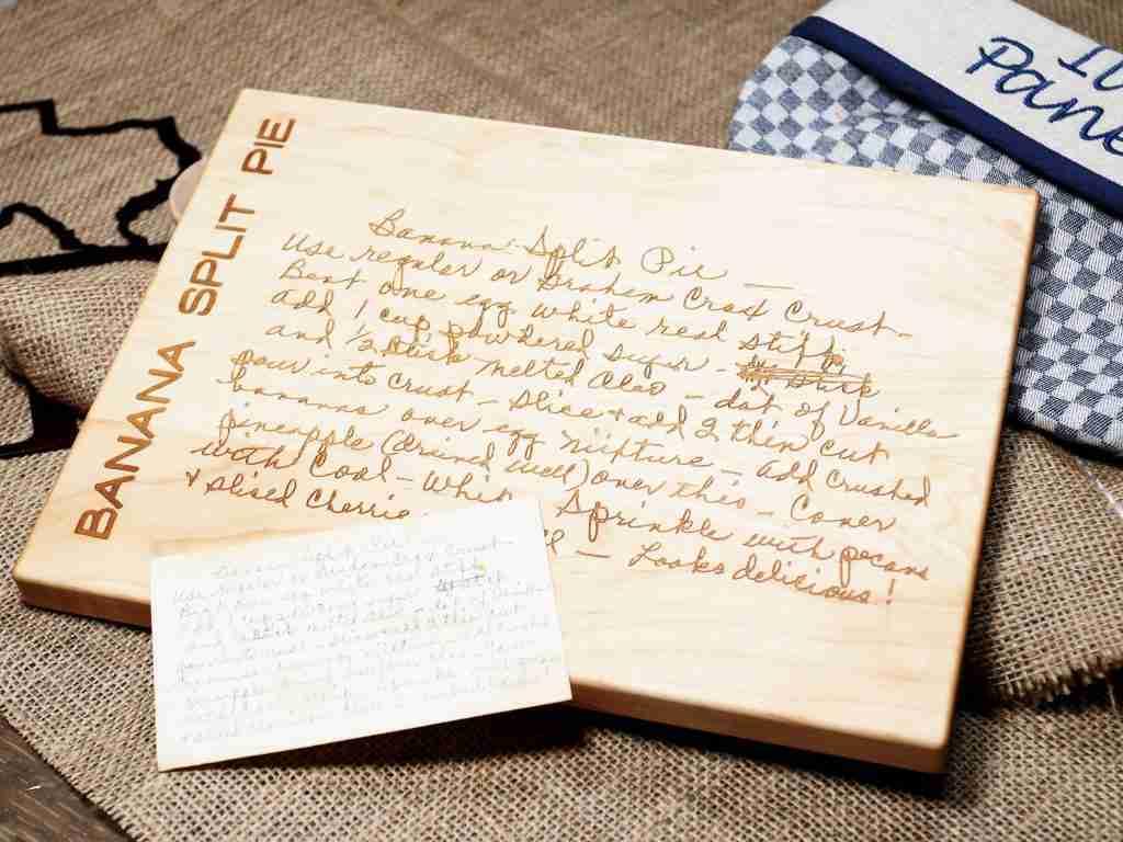 Engraved Recipe Keepsake Board – D29 – 10.5×16 Walnut / Add Engraved Card