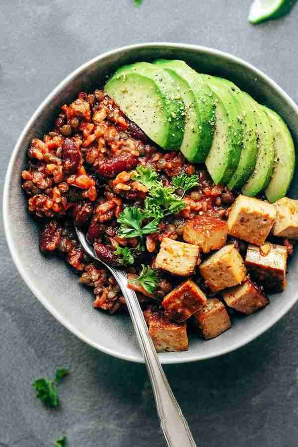 18 Vegetarian Bowls That Make Breakfast, Lunch and Dinner a Breeze
