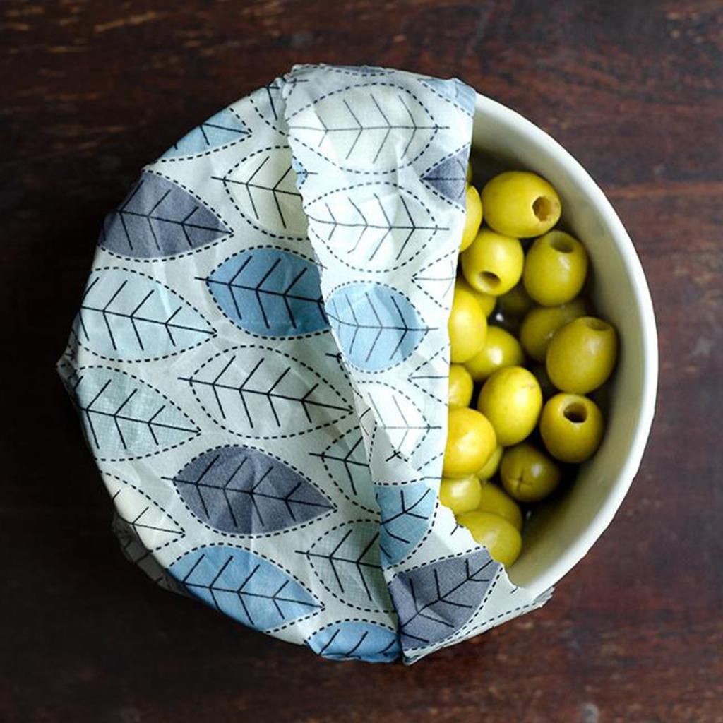 Pack of 3 Oliwrap Vegan Wax Wraps – Winter Leaf by Rowen Stillwater