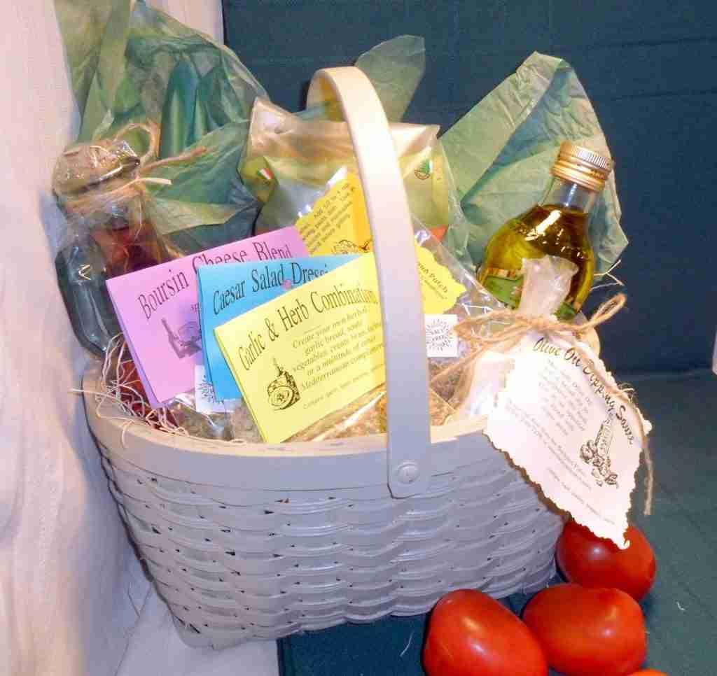 Pasta Dinner in a Basket, seasonings, recipes and ingredients