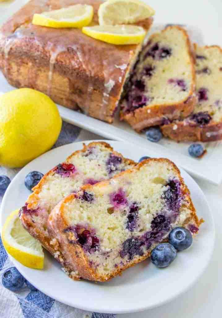 THE BEST LEMON BLUEBERRY YOGURT CAKE