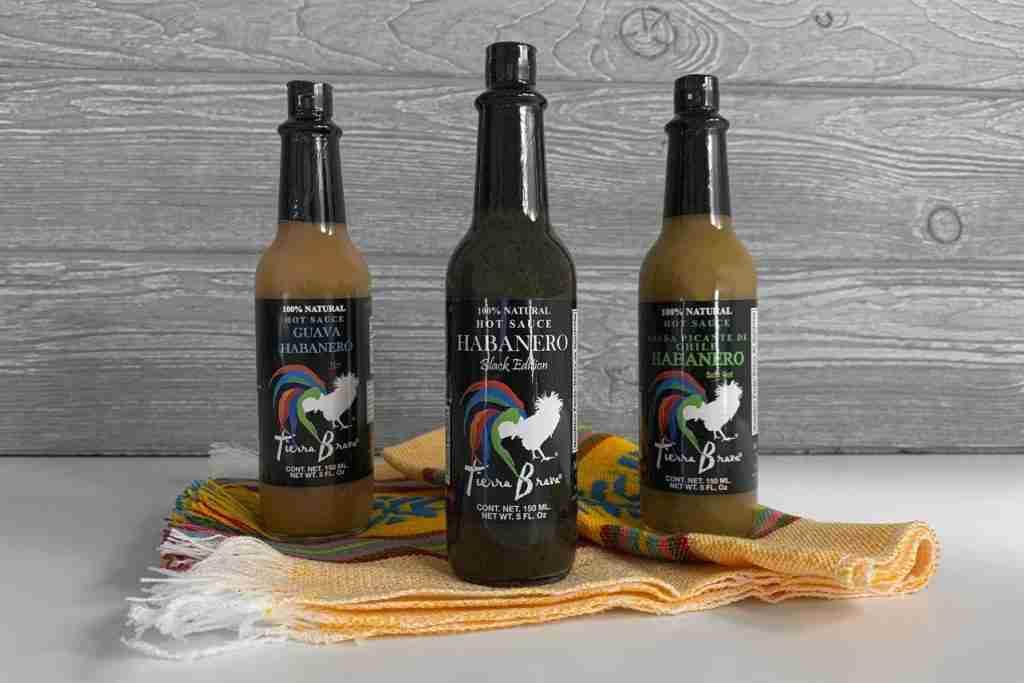 Habanero Hot Sauce Trio & Servilleta