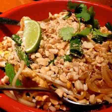 PF Chang's Copycat Recipes: Chicken Pad Thai Recipe