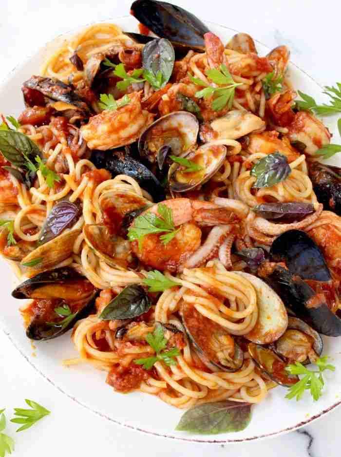 Frutti di Mare Recipe ( Seafood Spaghetti ) • CiaoFlorentina