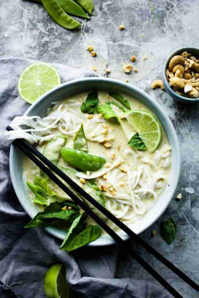 The Creamiest Vegan Thai Green Curry – Earth & Oven