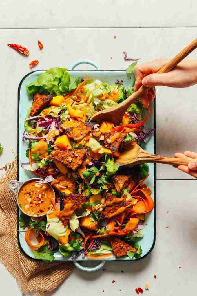 Vibrant Mango Salad with Peanut Dressing